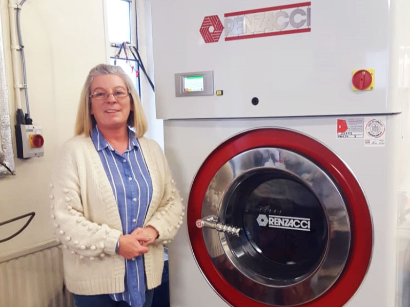 Case Study - Dry Cleaner Celebrates 19 Year Old Renzacci UK Machine
